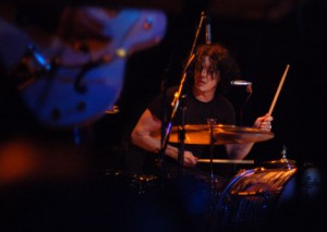 jwacl 300x213 The Dead Weather at ACL